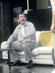 毛俊輝執導的話劇多不勝數,以下為其中三齣作品的劇照﹕《家庭作孽》