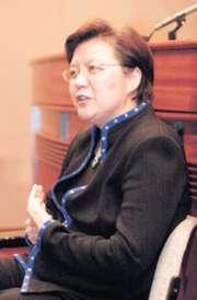 立法會主席范徐麗泰認為紓緩壓力的最好方法,是以平常心面對事情。